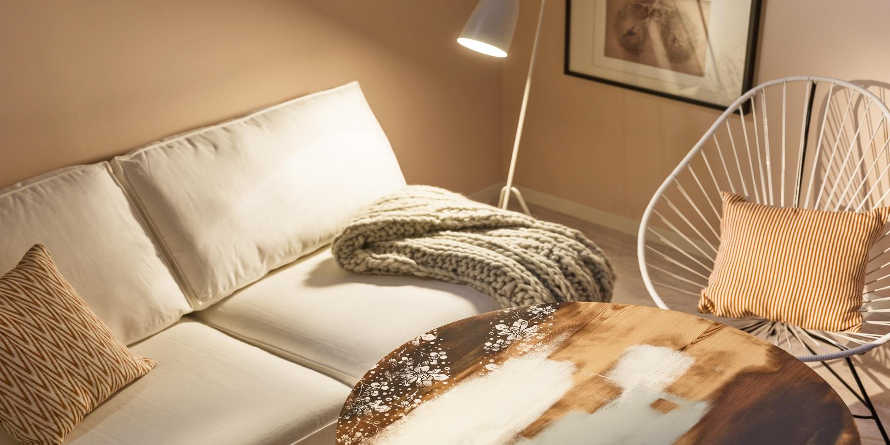 Inspiration för att måla om ditt vardagsrum   caparol färg