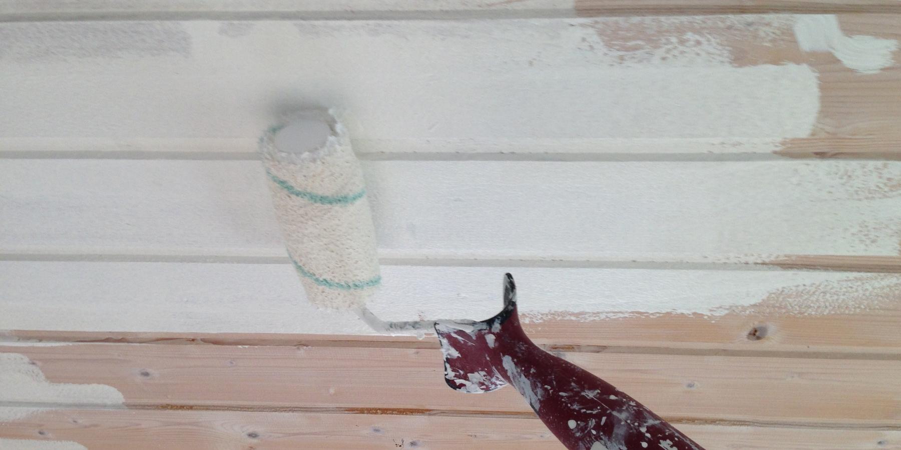 Måla träpanel i tak eller på vägg inomhus - Caparol e744cab1c2fc1